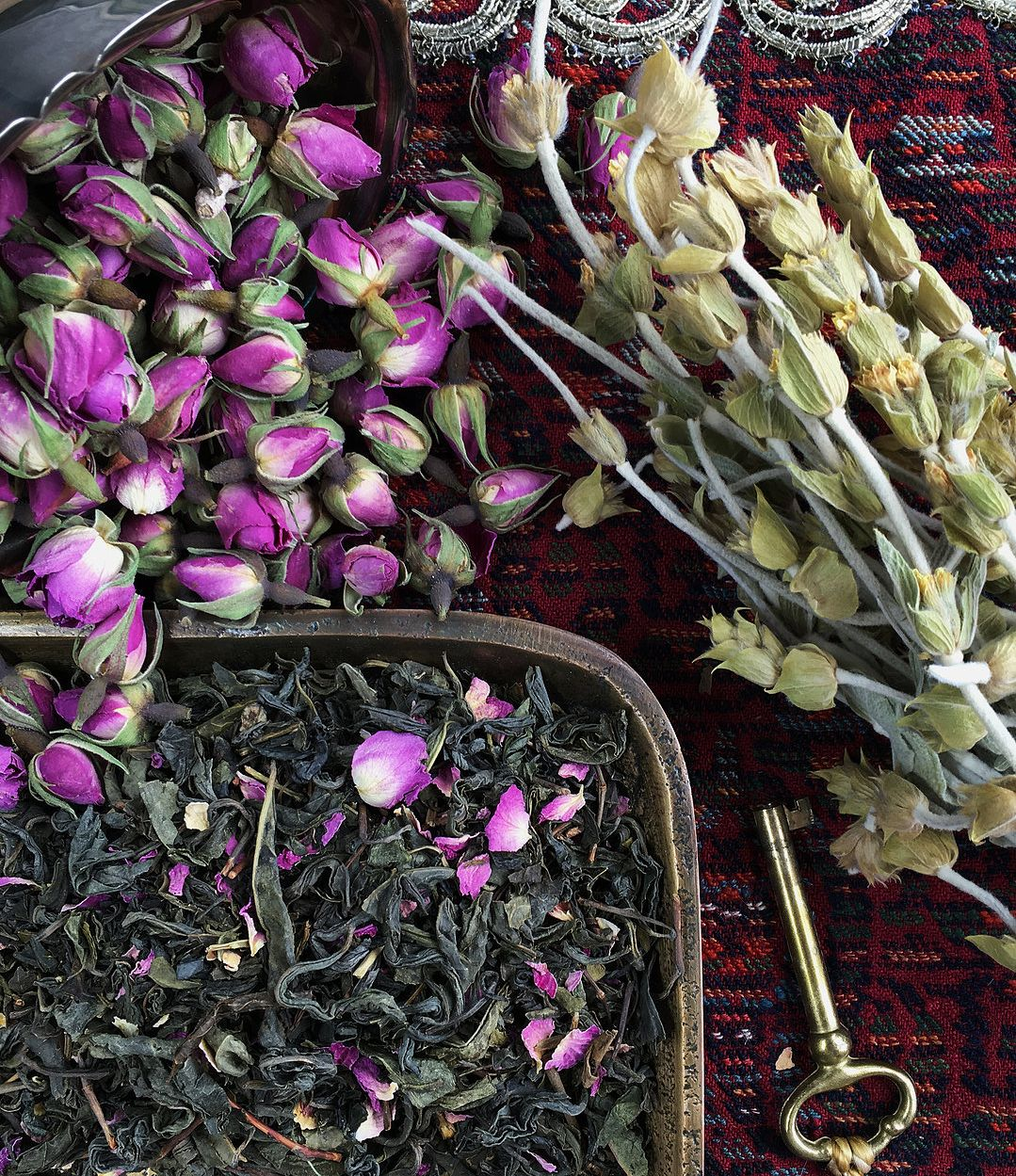 Both green tea and rose hips provide many #health benefits. For centuries, green…   Tea, Tea ...