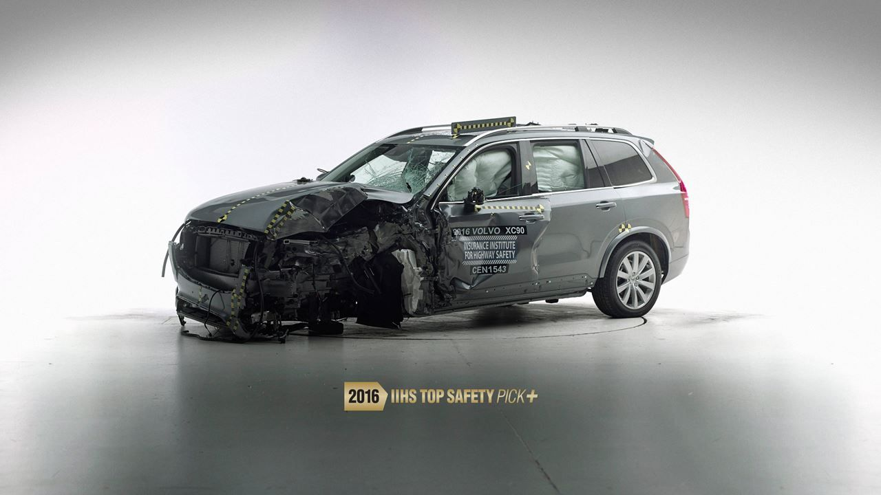 Xc90 Iihs Crash Test Volvo S Safest Suv Volvo Cars Safest