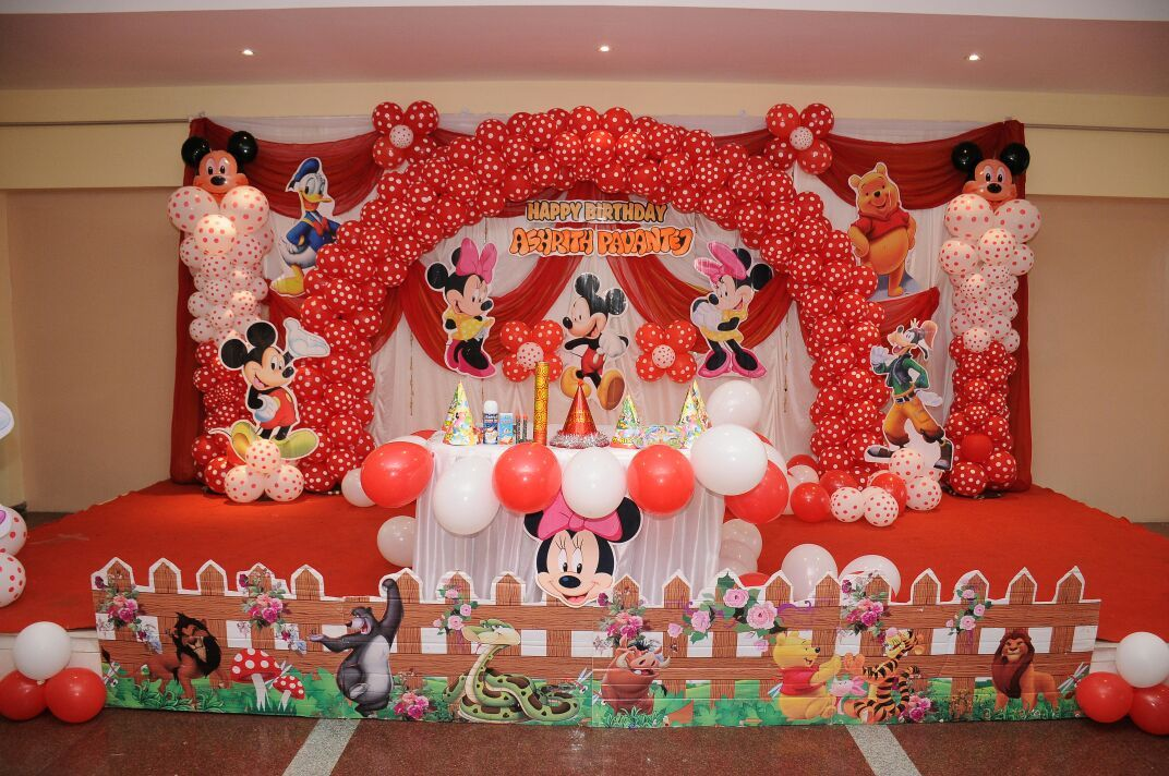Pin by Samantha Susan on Balloon Decoration (With images