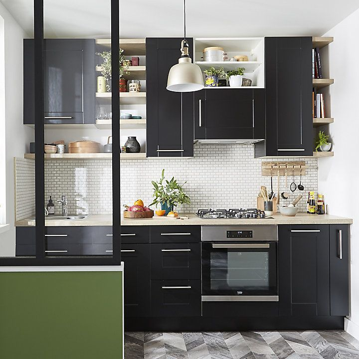 A small kitchen completely revamped in an industrial style ... Façades ... A small kitchen completely revamped in an industrial style ... Façades ...