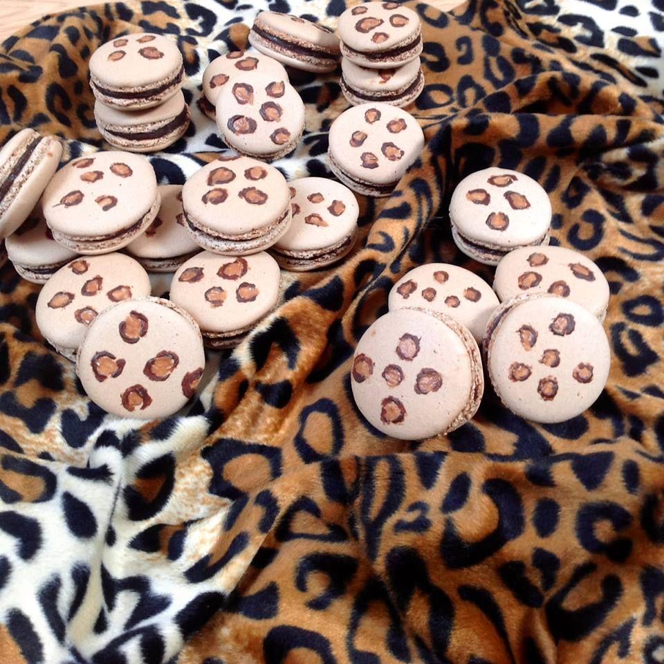 Leopard macarons
