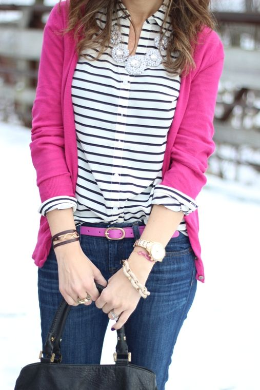 Blusa de rayas horizontales con suéter Rosa y jeans azul  f5eb17937bc9