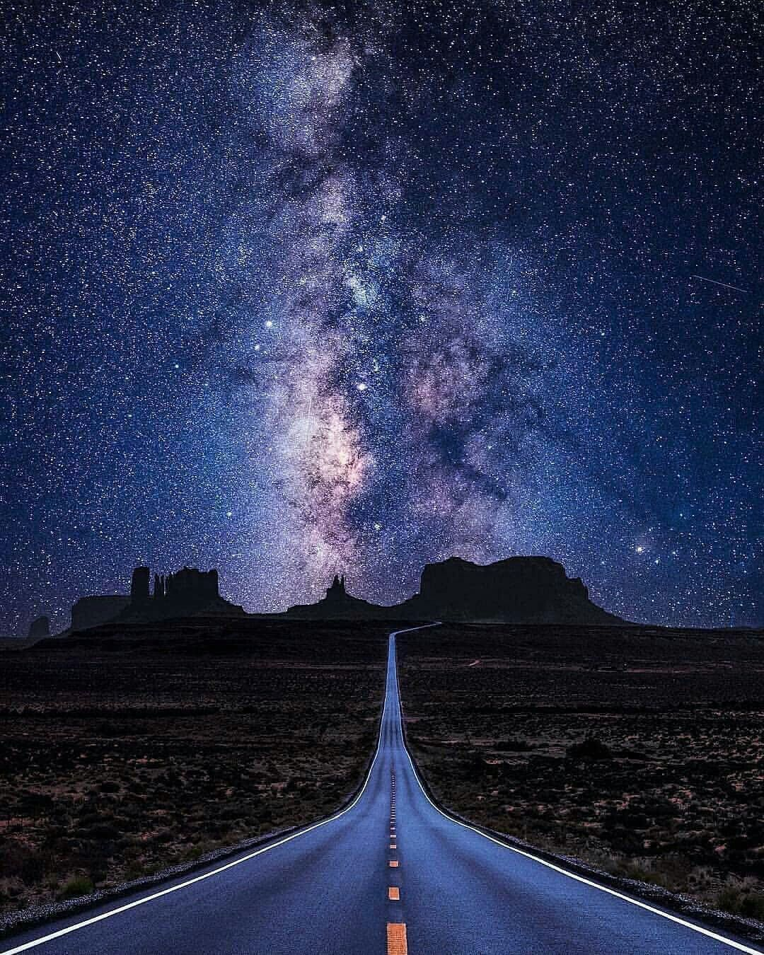 Into The Night Photography: View of the Milky Way with