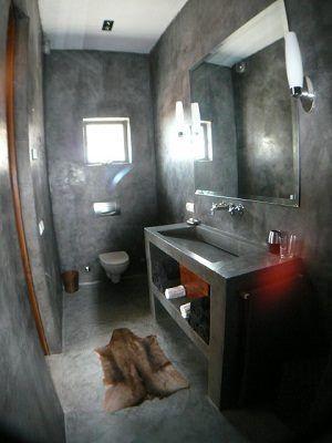 Ba o de cemento alisado o microcemento casa web ba os for Cera de hormigon para azulejos de bano
