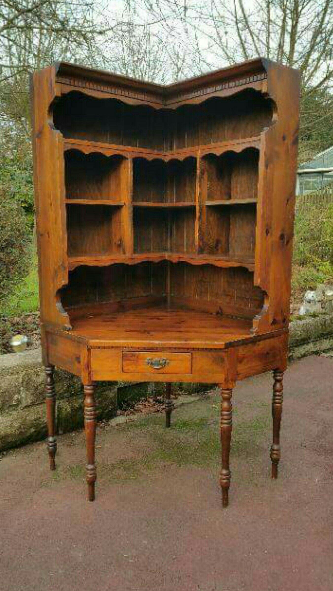 Stunning Antique Corner Desk / Hutch! - Stunning Antique Corner Desk / Hutch! Early American Antiques