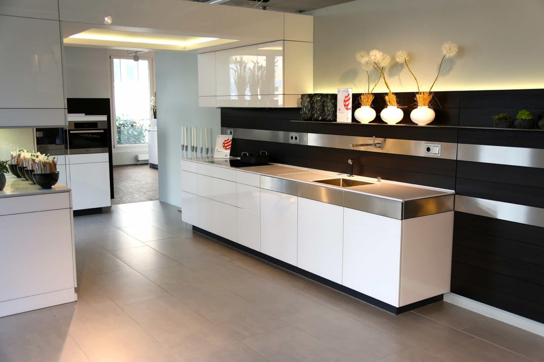 Poggenpohl Kuchenstudio Zurich Artesio Polarweiss Pinie Terra Kitchen Cabinet Inspiration Kitchen Kitchen Decor