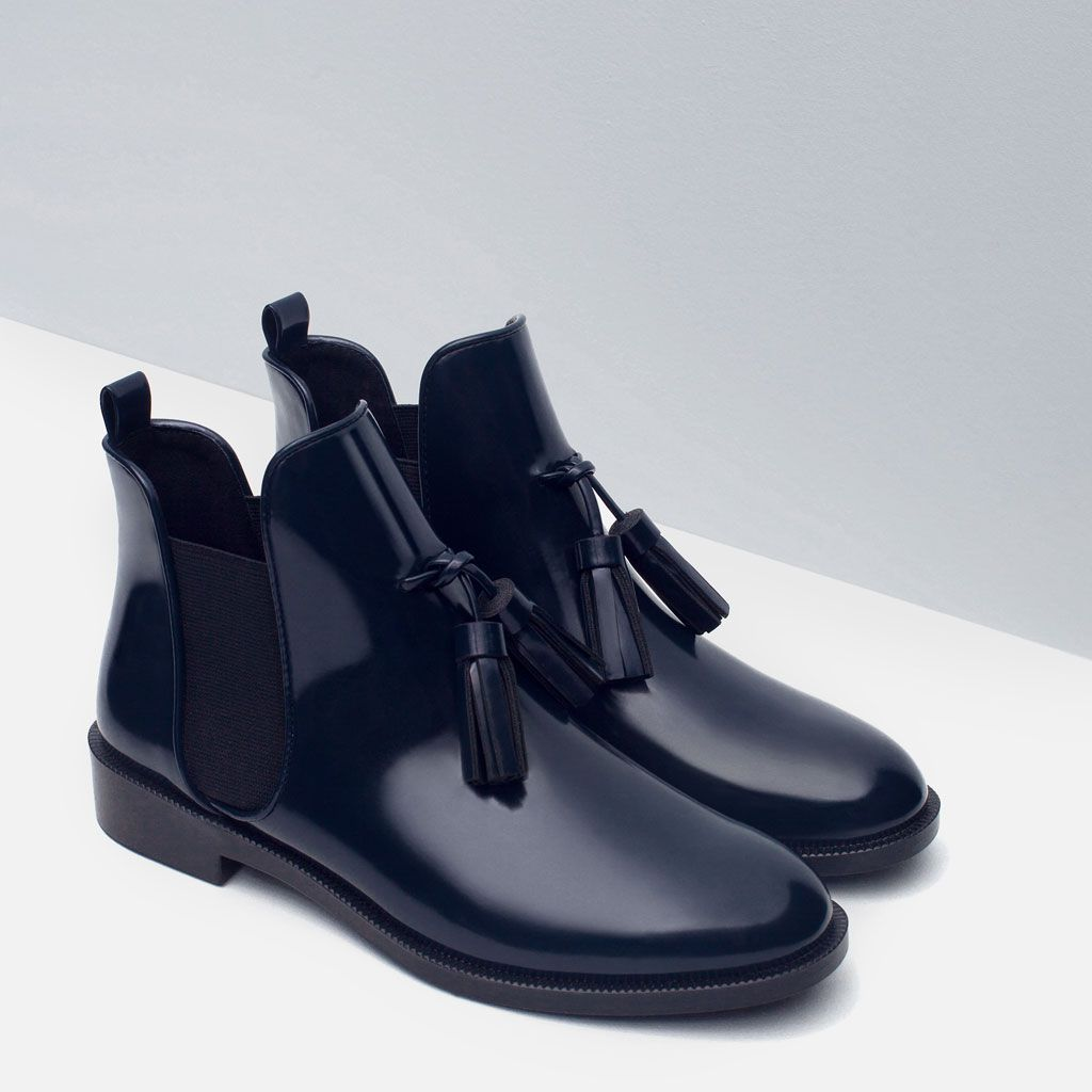 6000ec6de1fd6 BOTTINES PLATES À HOUPPES-Bottines-Chaussures-FEMME   ZARA France ...