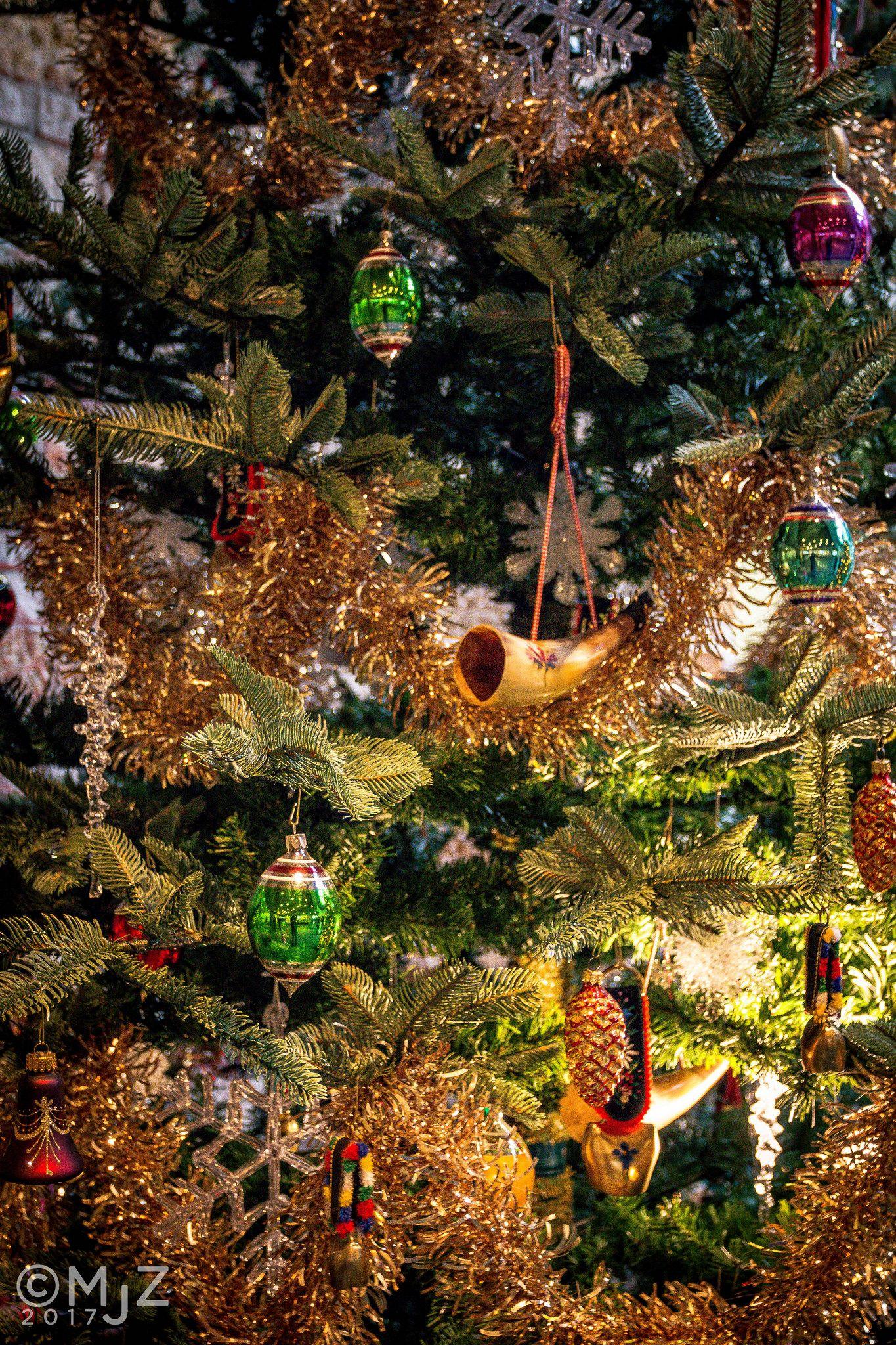 Christmas | vita | Pinterest | Switzerland christmas