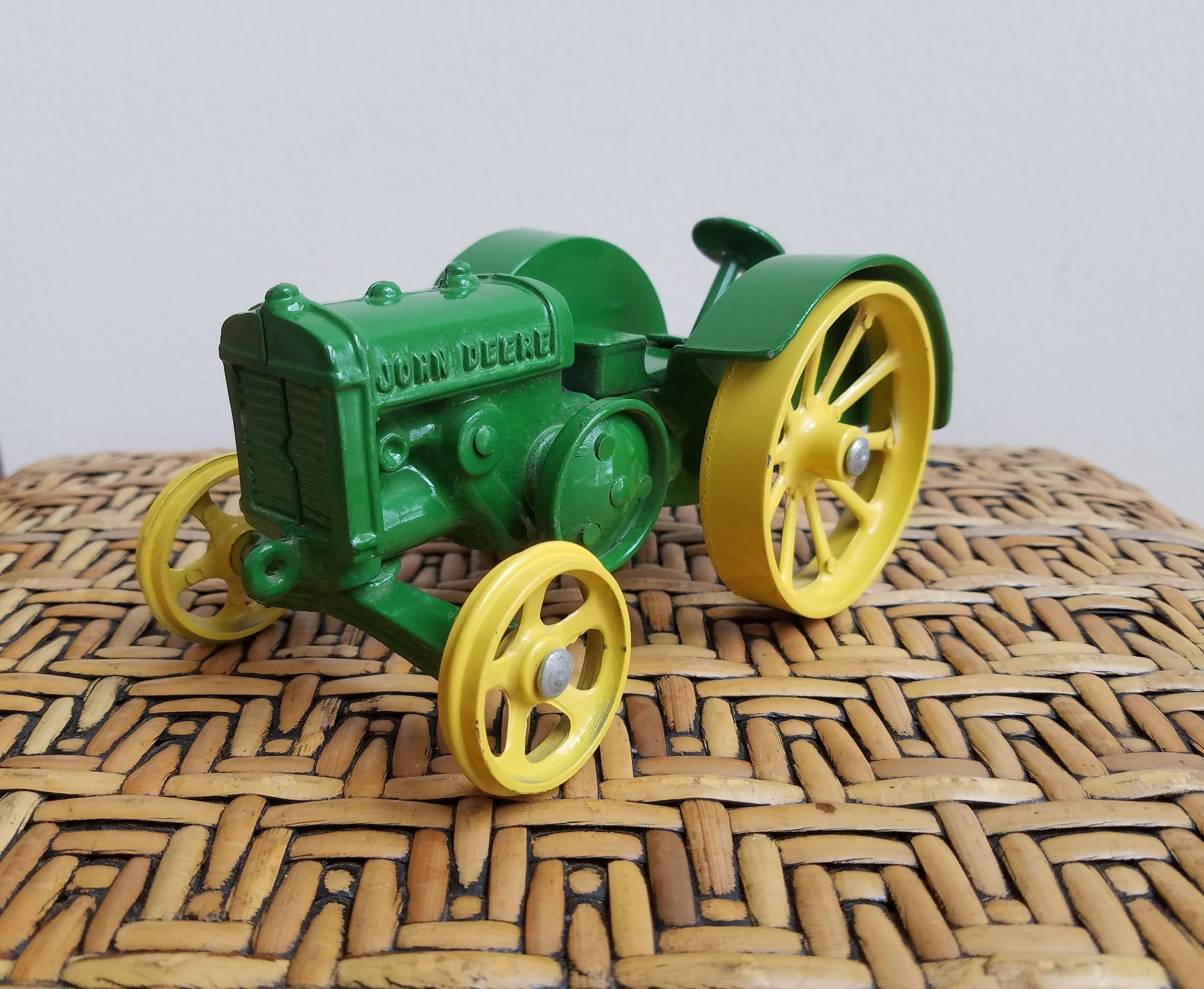 Metal Toy Tractors >> Pin On New Vintage Shop Finds