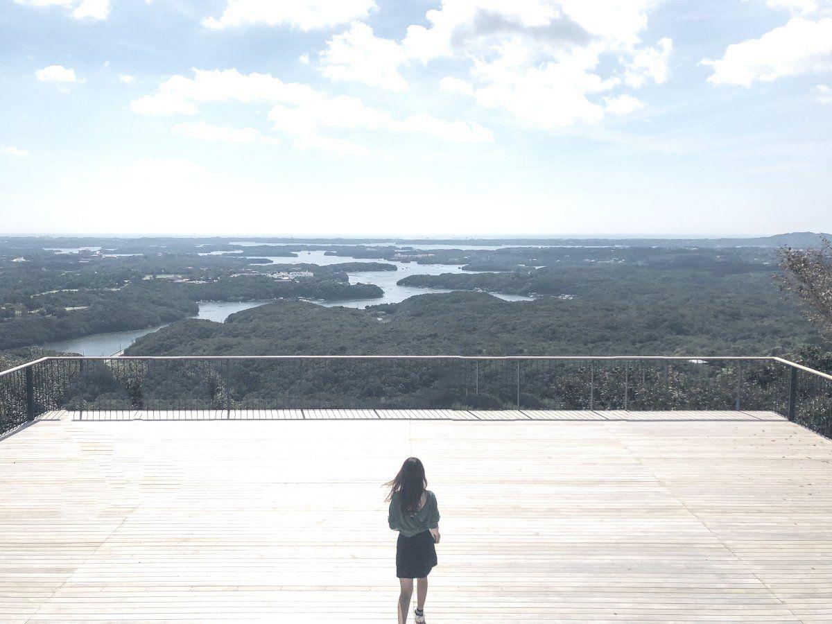 日本有数のリアス式海岸を一望できる絶景テラス 絶景 テラス 風景
