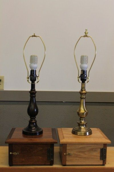 Use These Off Grid 12 Volt Table Lamps For Everyday Use And During Power Outages Off The Grid Lamp Power Outage