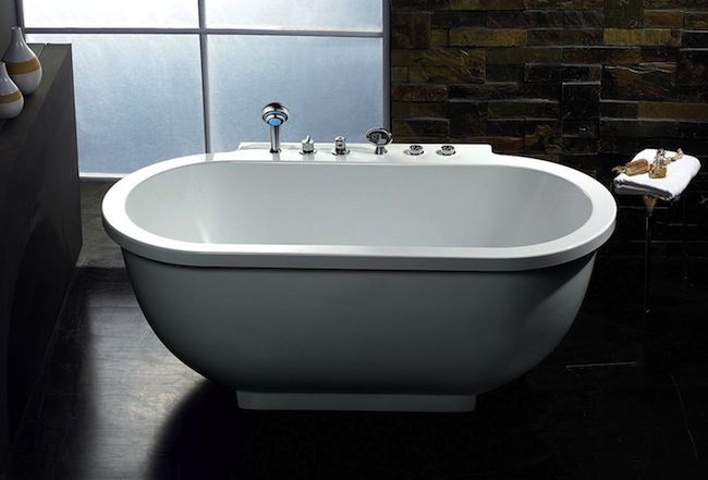 Radio Bath Mistakes With Images Free Standing Bath Tub