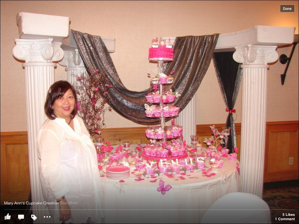Beautiful background and cupcake design by Mary Ann