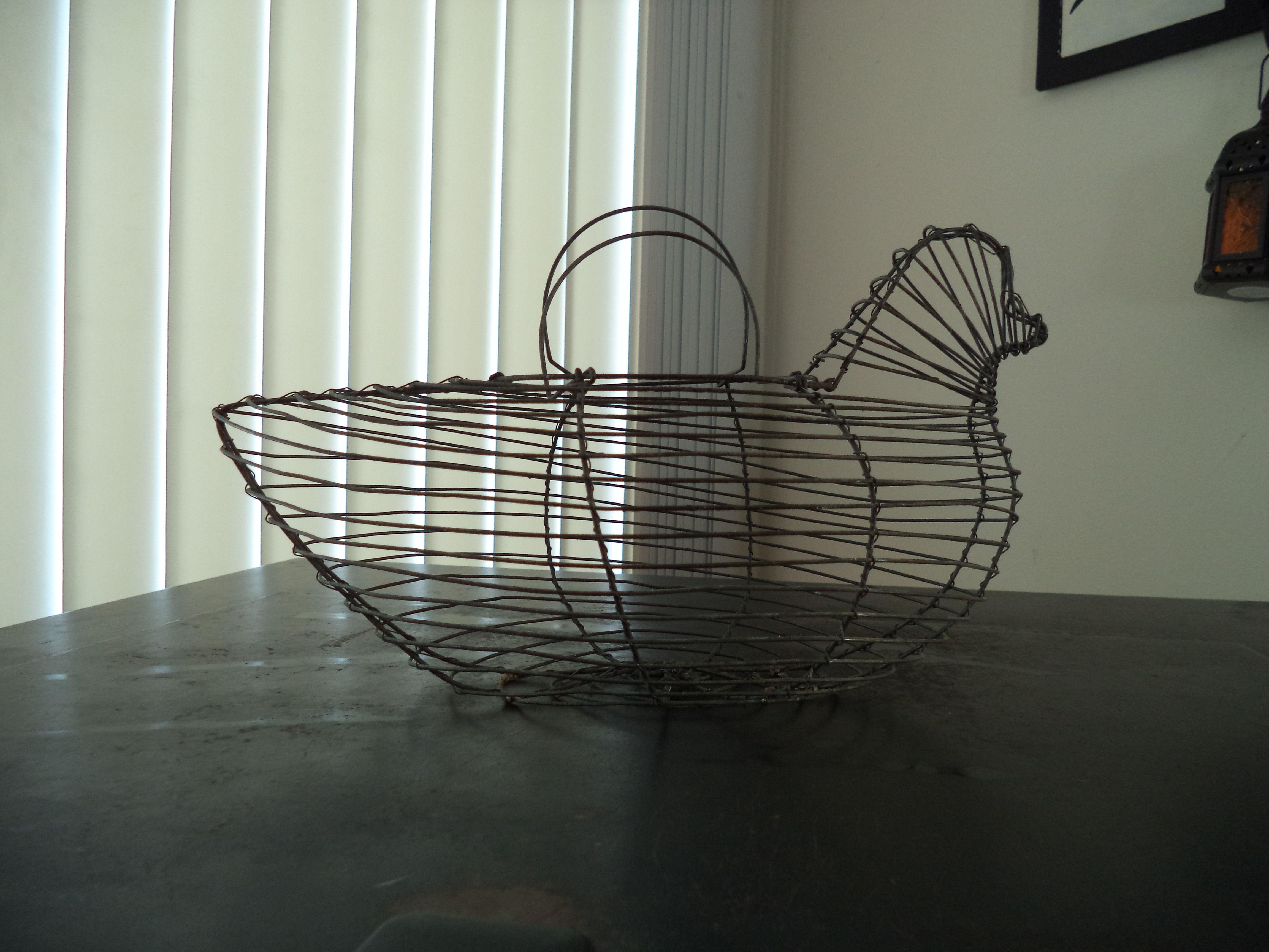 Vintage wire chicken / hen egg basket...{rummage sale find} Country ...