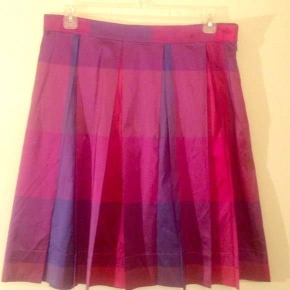 Kate Hill silk metallic skirt size 16 This is beautiful skirt.  It has pleating and it is a size 16.  It has purple, pink, and blue in it.  The waist is a little over 18 inches.  Such a breath taking skirt sure to get a lot of attention. Kate Hill Skirts A-Line or Full