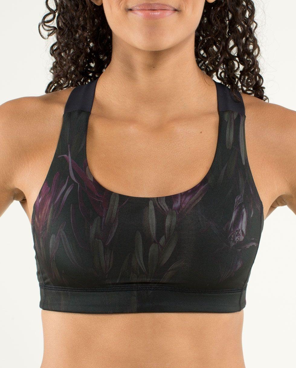 NEED BAD (With images) Sports bra, Lululemon sports bra