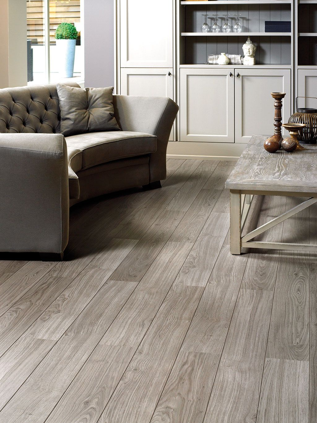 Quick Step Laminate Flooring   Perspective U0027Light Grey Varnished Oaku0027  (UL1304)