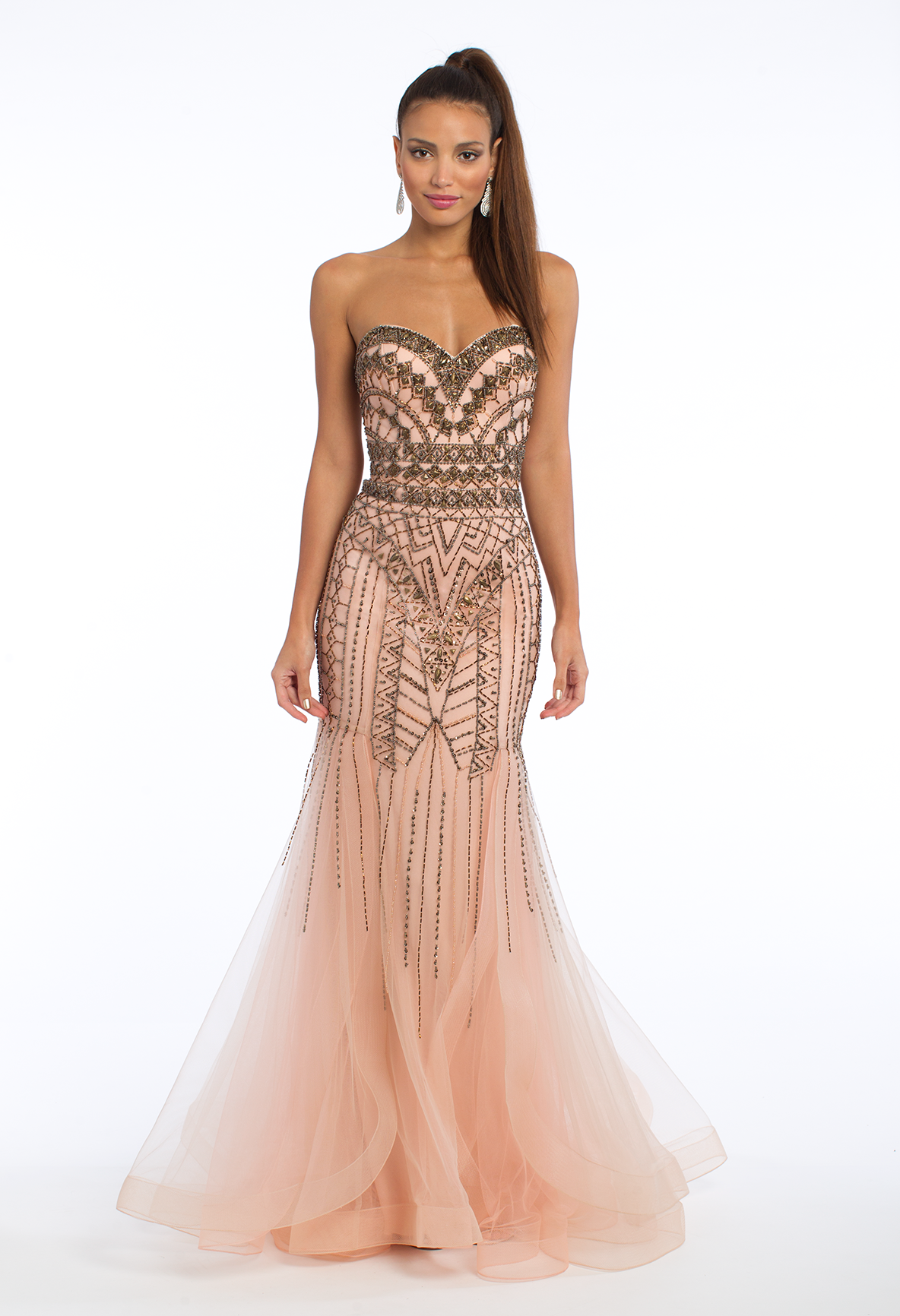 Walk in looking like a goddess in this formal evening gown! With its ...