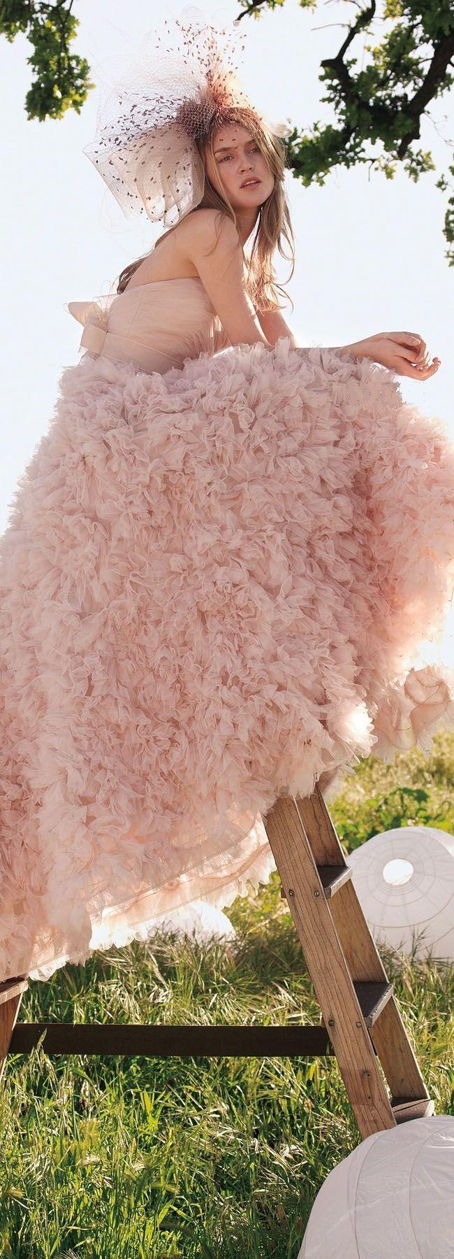 Pink Ruffled Dress | 15 | Pinterest | Vestidos boda, Novios y Boda