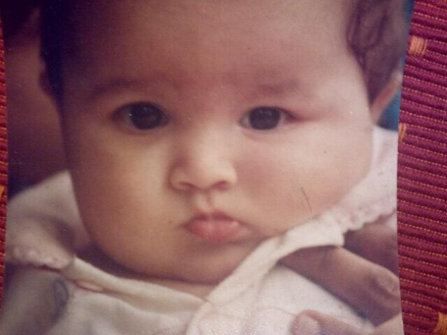 """Any guesses on who this chubby little baby is ?   It's is none other than Alia Bhatt!   Mahesh Bhatt tweeted this photo saying, """"Memory land!Not in our wildest dream did we imagine that this 'Sumo wrestler' would transform herself into ALIA BHATT"""".   This surely is one helluva big transformation!    Credits: twitter"""