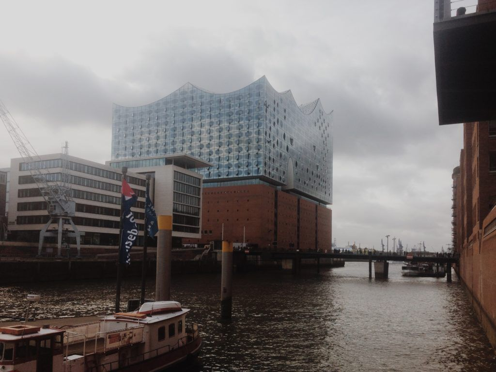 Elbphilharmonie Hamburg An Architectural Masterpiece Elbphilharmonie Hamburg Architecture Glass Facades
