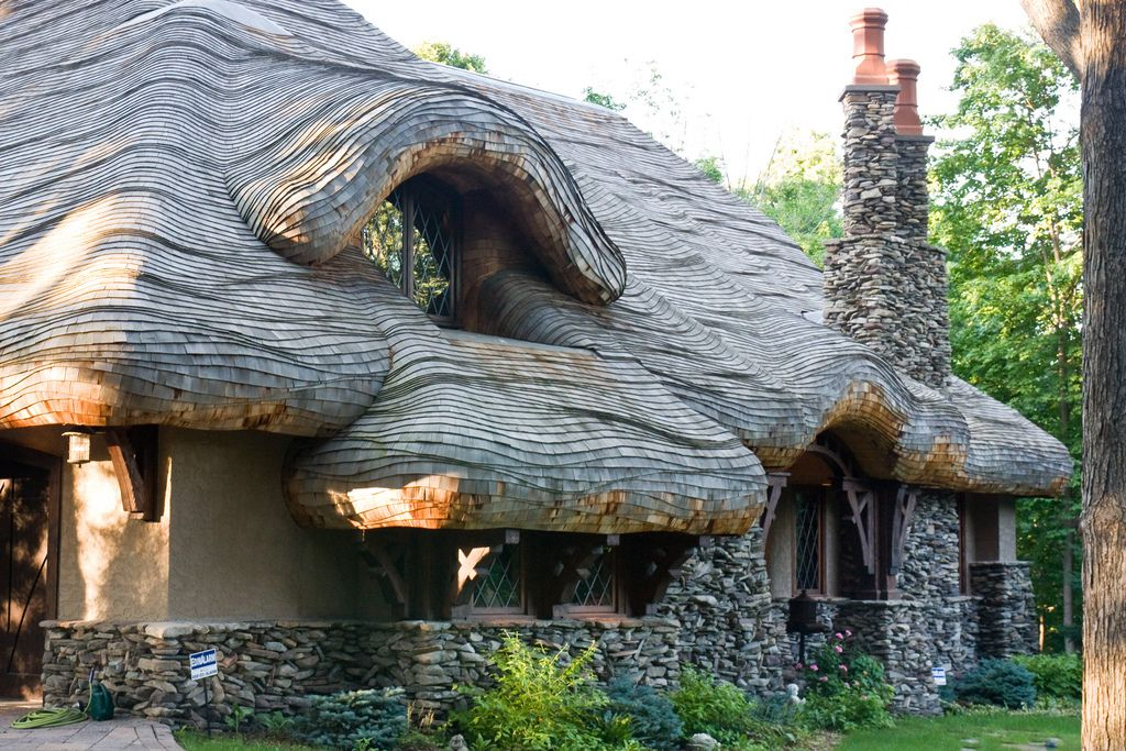 Hobbit House Roof Hobbit House House Roof Fairytale Cottage