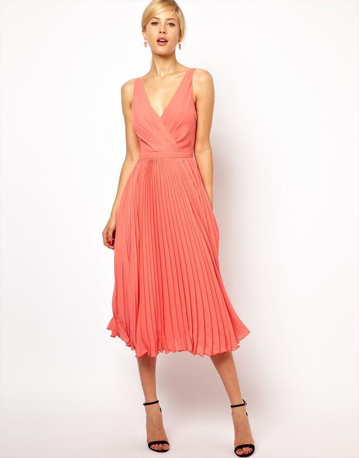 Schicke Midi-Kleider für stilvolle Sommertage ...