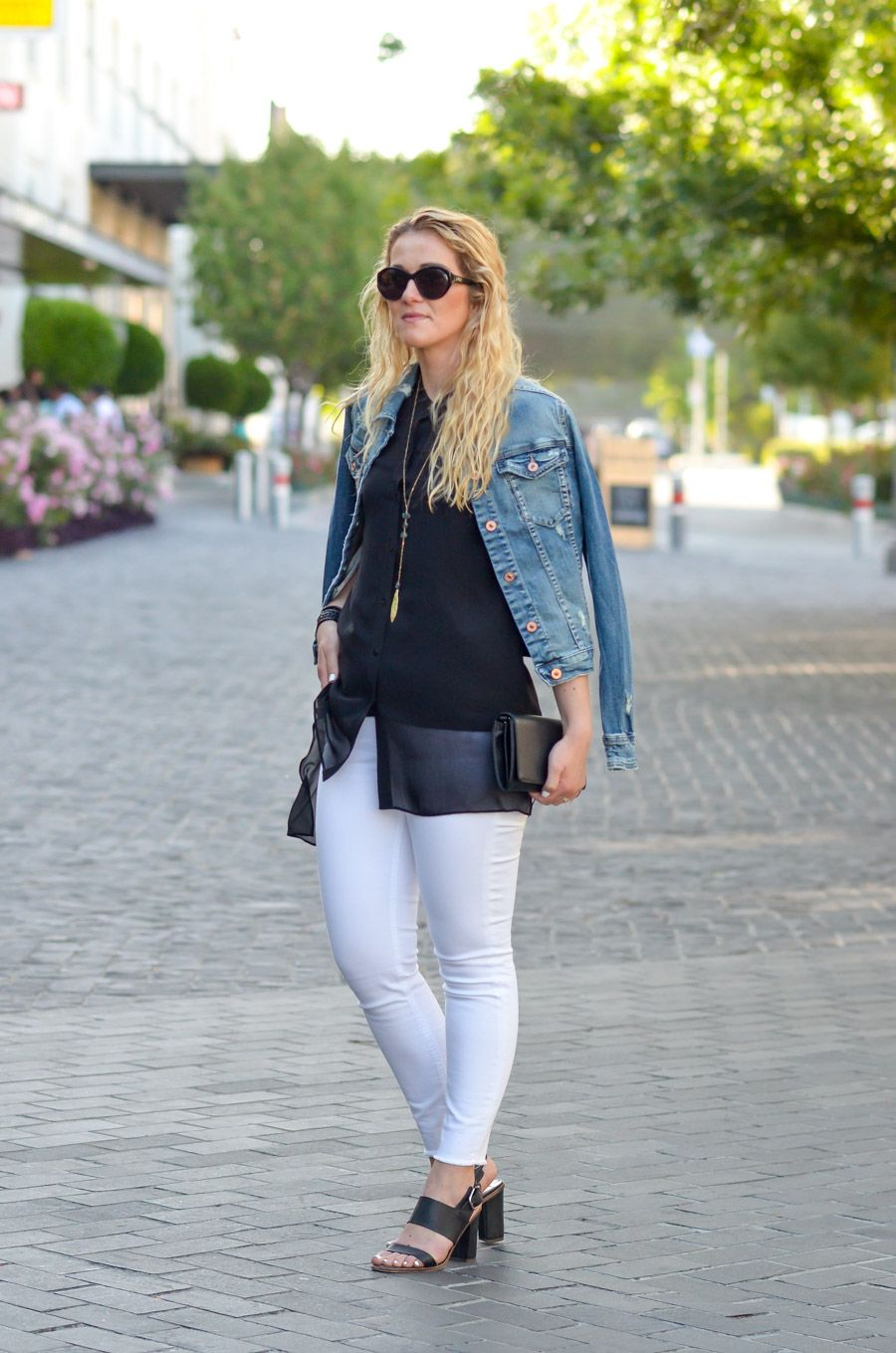 c506c147c3 Black Top with White Jeans and Denim JacketOutfit