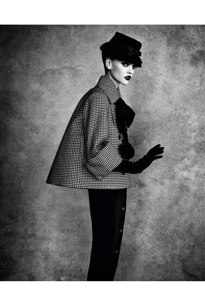 Photo of Vogue Mode: Trends, Fashion-News, Star-Looks und Accessoires – Vogue.de