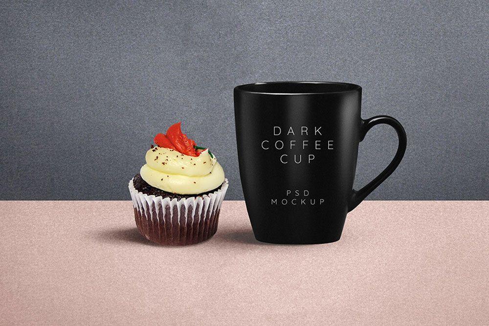 Free Dark Coffee Mug Plus Cupcake Mockup in PSD Mockup