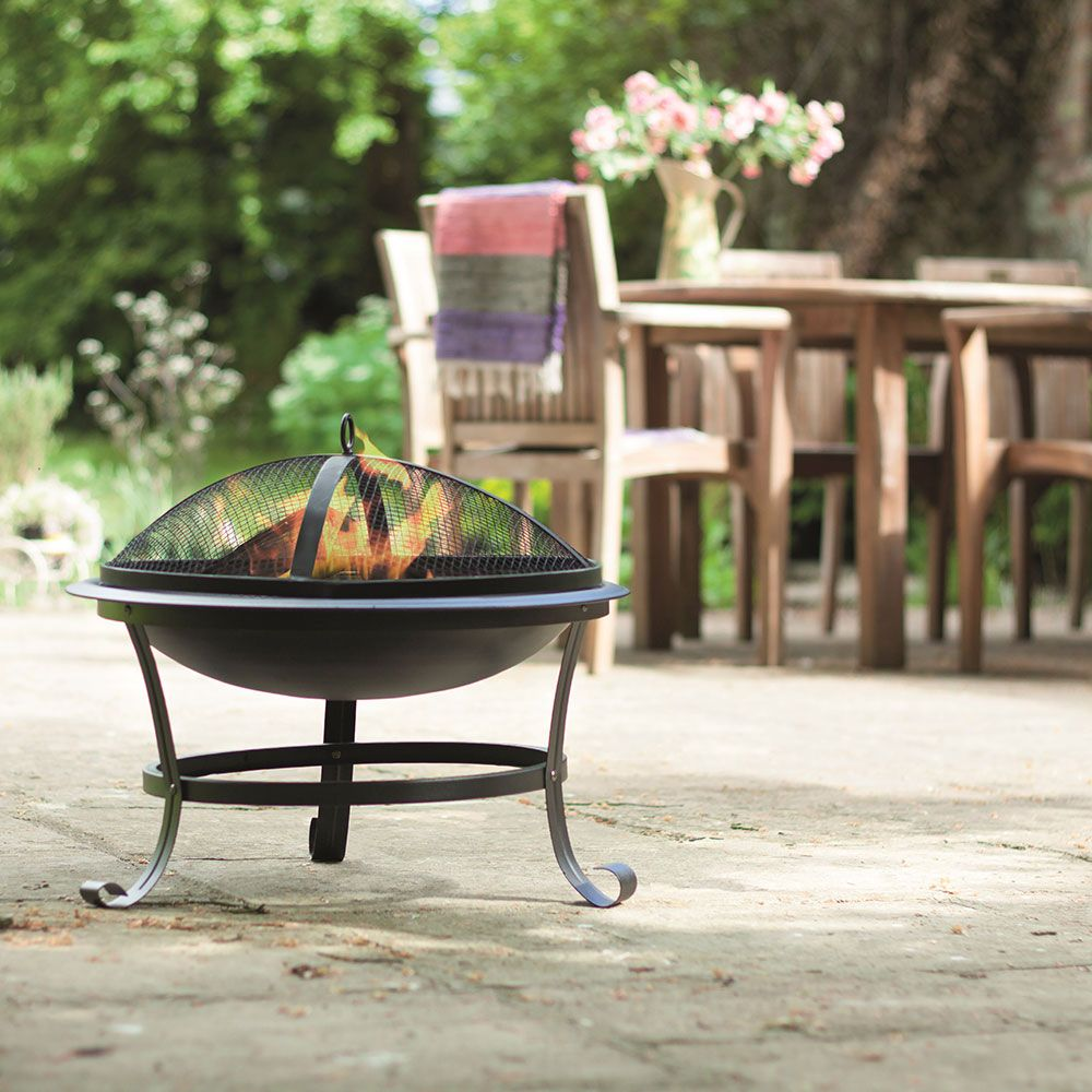 This Lidl Fire Pit Will Keep You Toasty This Bank Holiday Weekend And It S An Absolute Bargain Bank Holiday Weekend Decorative Bowls Steel Fire Pit