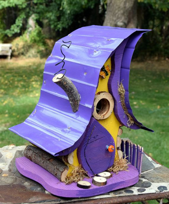 Birdhouse bird house crooked birdhouse curvy by PapaJonsflyinns