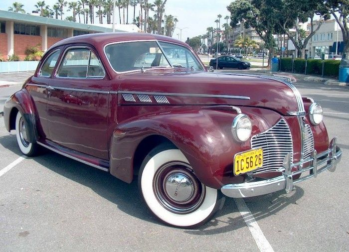 Hemmings Find Of The Day 1940 Pontiac Torpedo Spor With Images