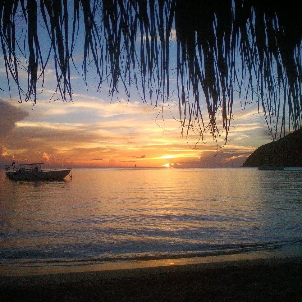 Coucher De Soleil A Grande Anse Martinique Martinique Paysage Coucher De Soleil Nature Paysage