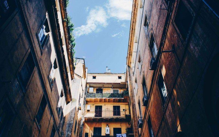 Dónde Hospedarse En Roma Guía Completa Barrio Por Barrio Road Alley