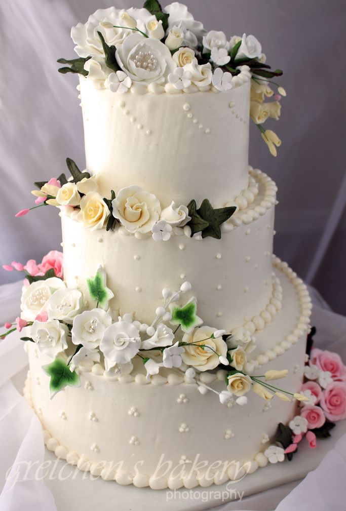 Beginners tutorial for how to make a wedding cake from start to     Beginners tutorial for how to make a wedding cake from start to finish with  minimal time  skills  tools and money  Complete with handmade fondant  flowers