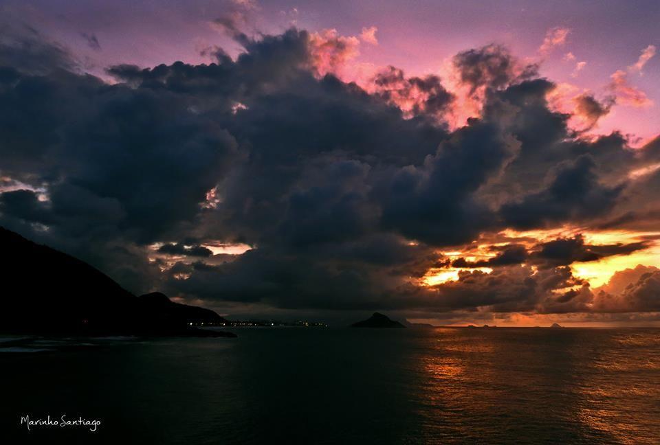beach; sunrise; rio de janeiro; recreio; marinho santiago;