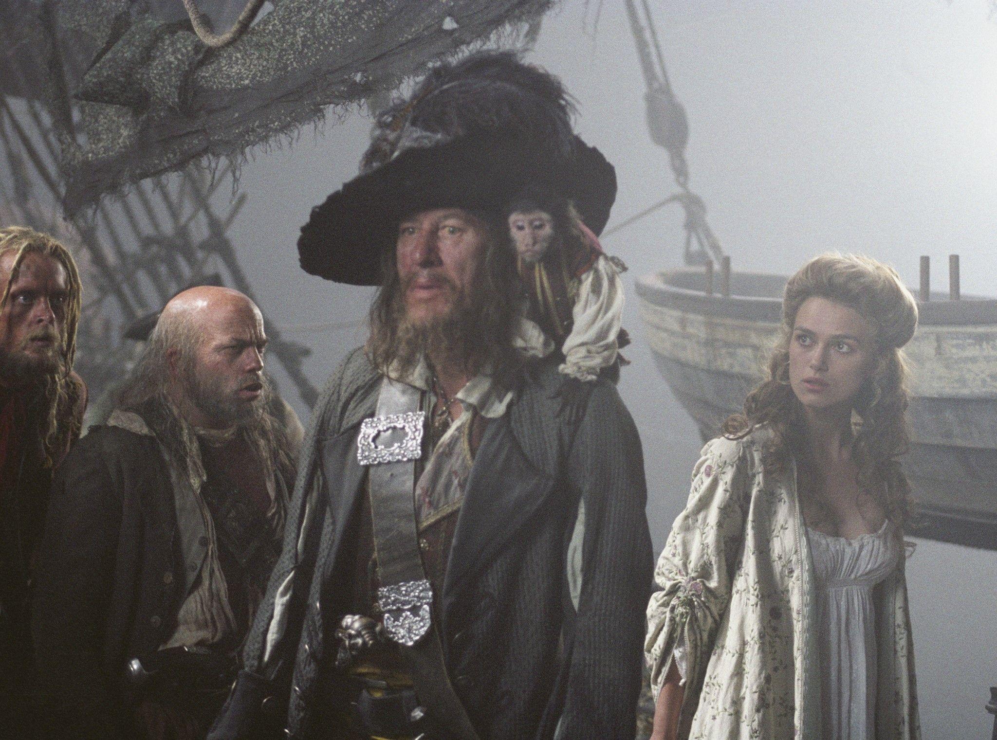 Barbossa Jack Et Elizabeth Piraty Karibskogo Morya Piraty Fotografii