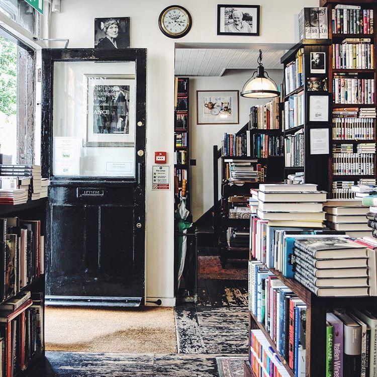 Soul Of Simplicity Indie Living Room Best Bookshelves Black Bookshelf