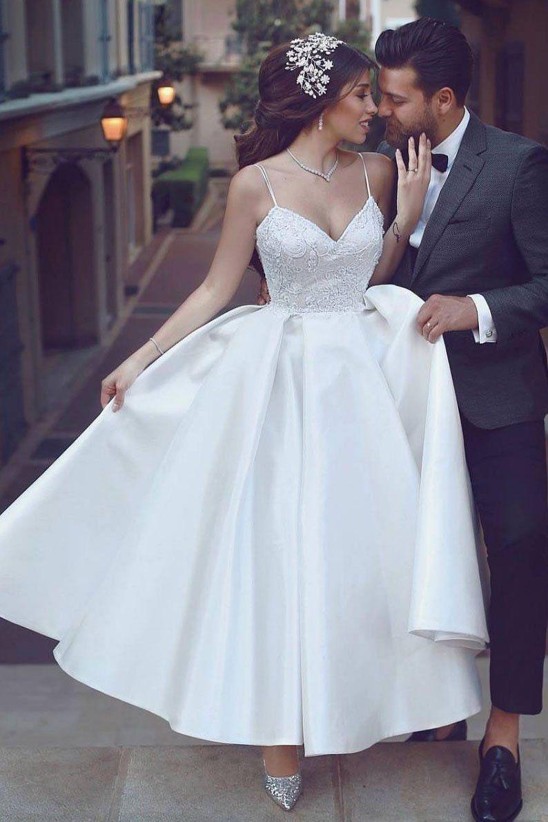 Divine Atelier 2020 Wedding Dresses Wedding Inspirasi Boho Chic Wedding Dress Wedding Dresses High Low Wedding Dress Trends [ 1800 x 900 Pixel ]