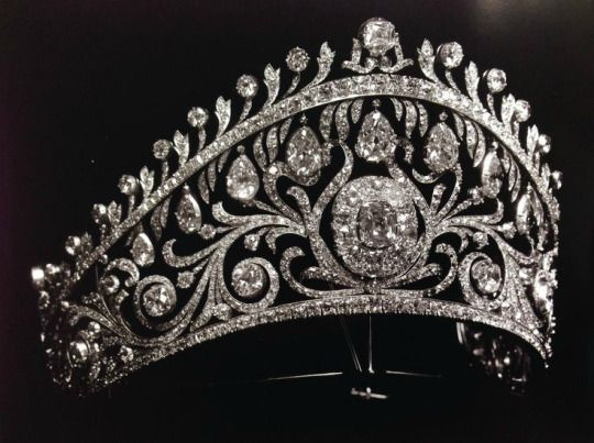 Diamond Kokoshnik by Cartier. It was commissioned by Grand Duchess Vladimir for the marriage of her only daughter, Elena, to Prince Nicholas of Greece.
