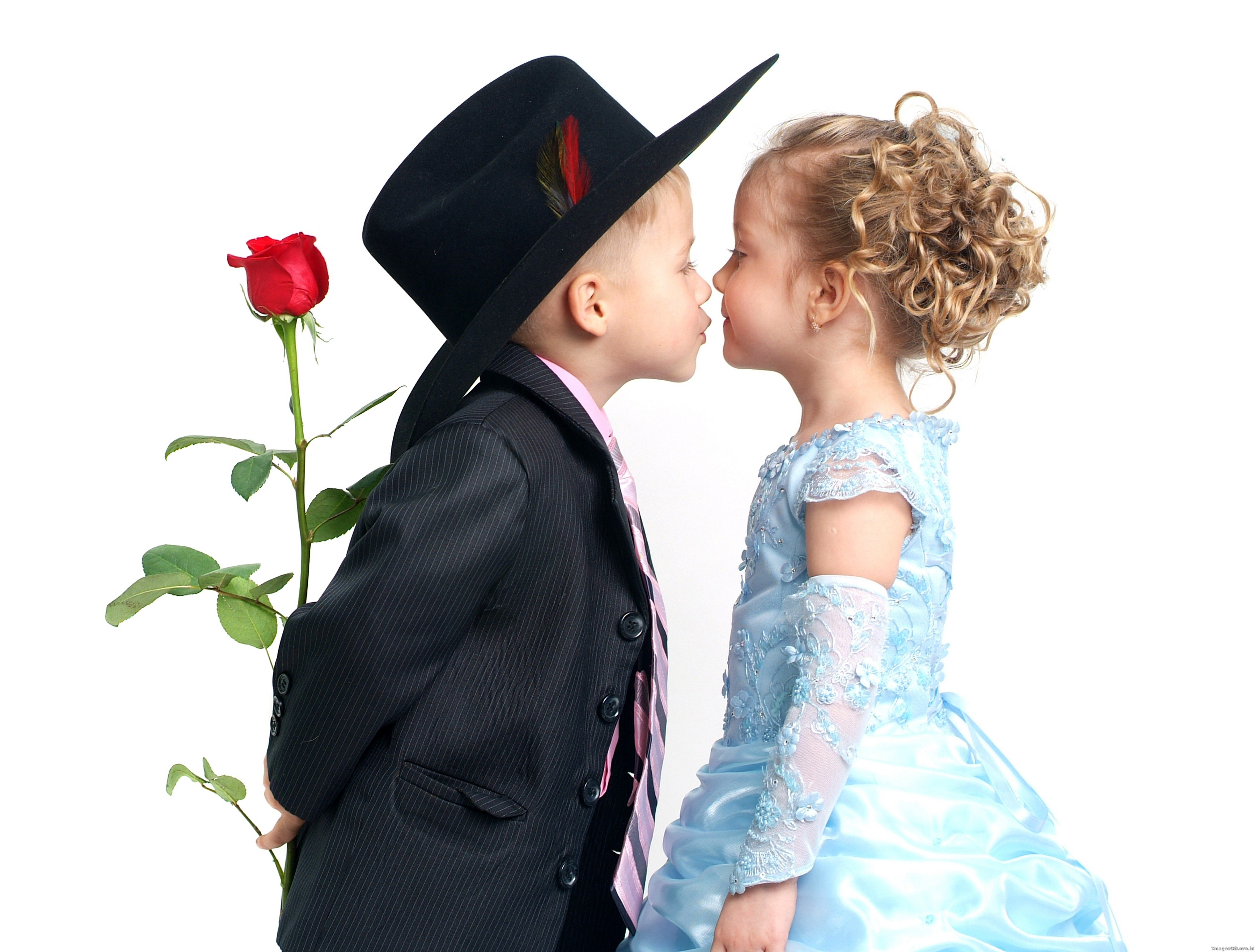 Cute Couples Kissing Wallpaper Cute Couple Of Happy Kiss Day
