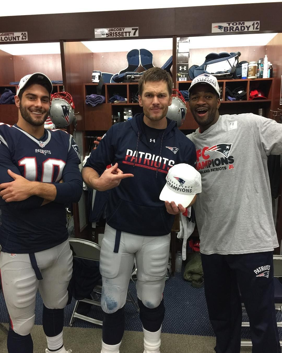 Tom Brady On Instagram You Guys Might Not Know This But I Consider Myself A Bit New England Patriots New England Patriots Logo New England Patriots Football