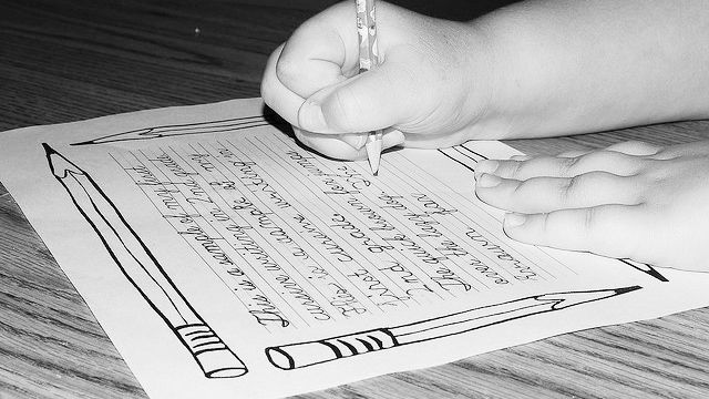 Research suggests a strong connection between handwriting ...