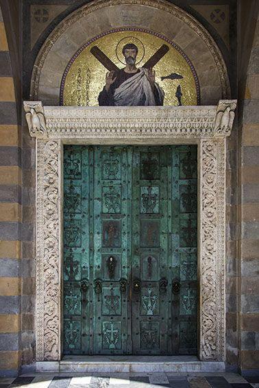 Amalfi Hs Rh Doors Entrance Doors Closed Doors