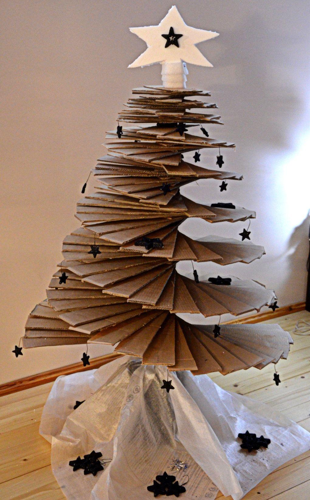 Diy Modern Cardboard Christmas Tree Sharenator Cardboard Christmas Tree How To Make Christmas Tree Diy Christmas Tree