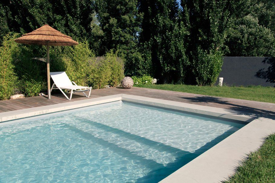 Piscine liner gris clair piscine liner gris pinterest for Piscine carrelage gris