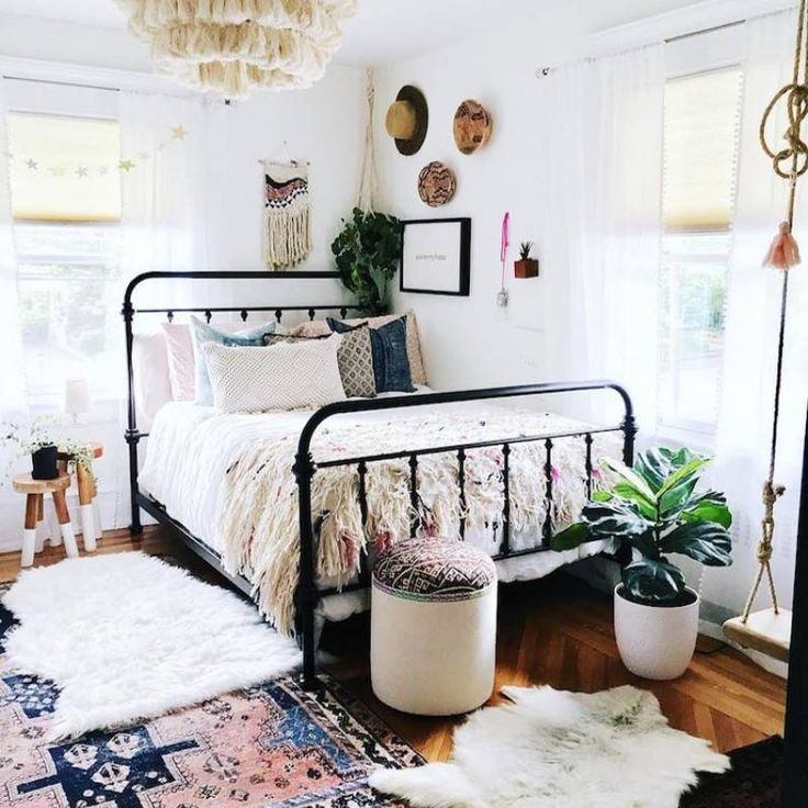 51 boho chic eclectic small bedroom ideas eclectic on bedroom furniture design small rooms id=63093