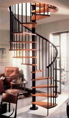 Merveilleux Gamia Wood Spiral Staircase