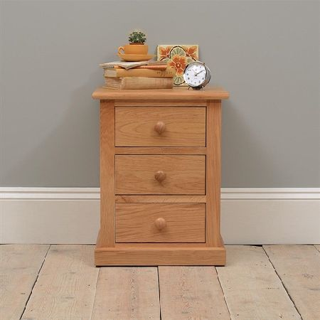 Dalton Oak 3 Drawer Bedside Chest 350.005 Quality wooden furniture at great low prices from PineSolutions.co.uk. Get Free Delivery and Exchanges on all orders. http://www.MightGet.com/january-2017-11/dalton-oak-3-drawer-bedside-chest-350-005.asp